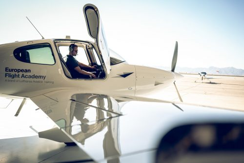 Photography – Airplane Pilots in Training – Lufthansa European Flight School