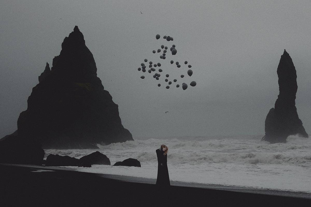 Stunning Surreal Photography Manipulation – Pulkit Kamal – Balloons by the sea