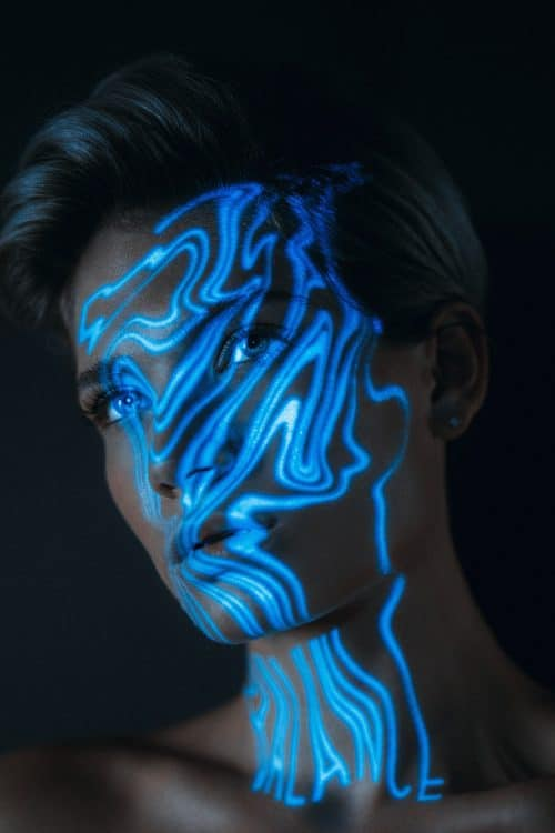 ATZEN Skin Care – 19TONES – Blue Light Projection Photography