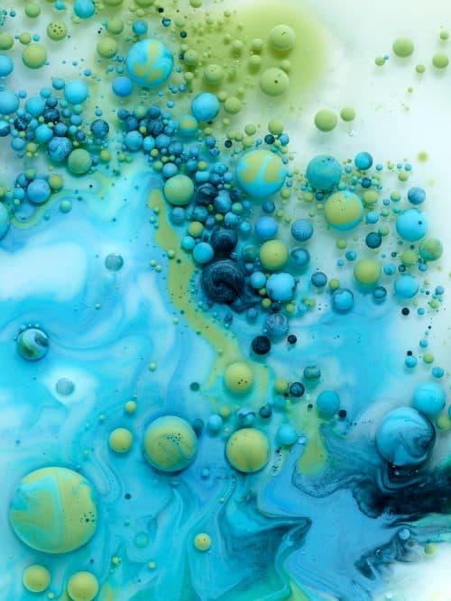 Marcel Christ 3D – Liquid Paint Chromatic Aberrations Textures
