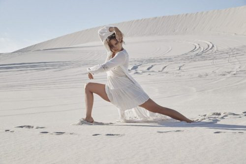 Sam Robinson – Playing in the Desert Sand Dunes Lifestyle Photography