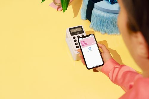 Klarna – Google and Apple Pay iPhone App Art Direction Style Frames