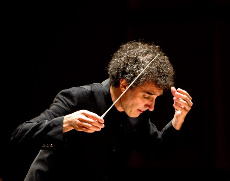José-Luis Novo Ably Conducts the Alexandria Symphony Orchestra in a Rousing Nationalistic Concert