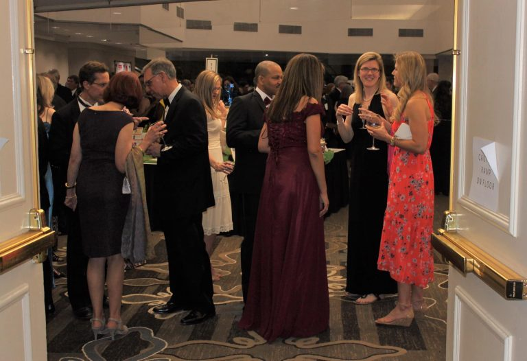 Scholarship Fund of Alexandria Gala Raises More Than $400,000 to Send T.C. Titans in Need to College
