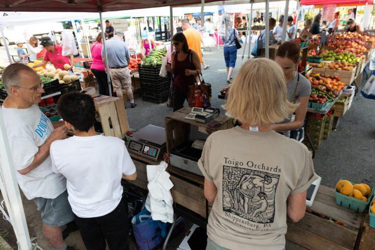 Del Ray Farmers' Market Celebrates 25 Years