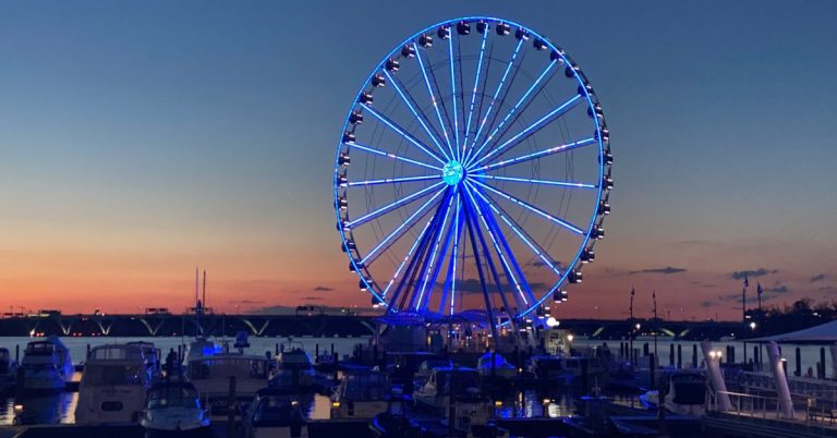 Capital Wheel Going Blue at 8 p.m. in Show of Solidarity with Frontline COVID Fighters