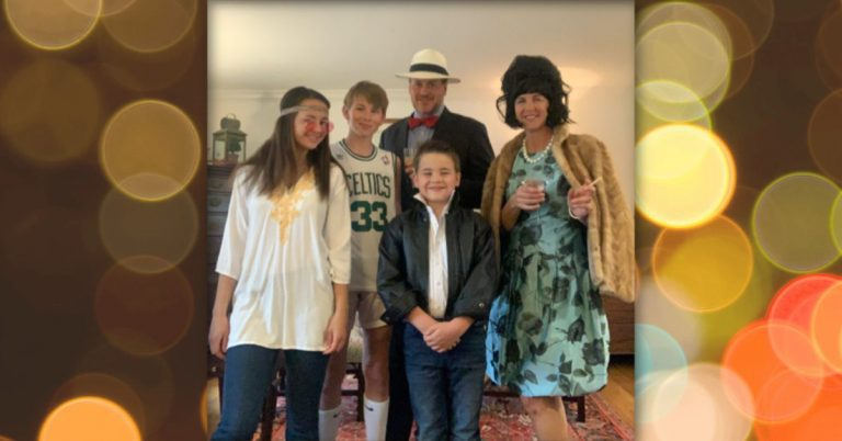 Riverside Gardens Families Dress Up for Challenge in Must-see Facebook Event