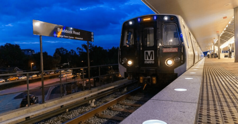 Following CDC Guidance, WMATA Requires Metro Riders to Wear a Mask