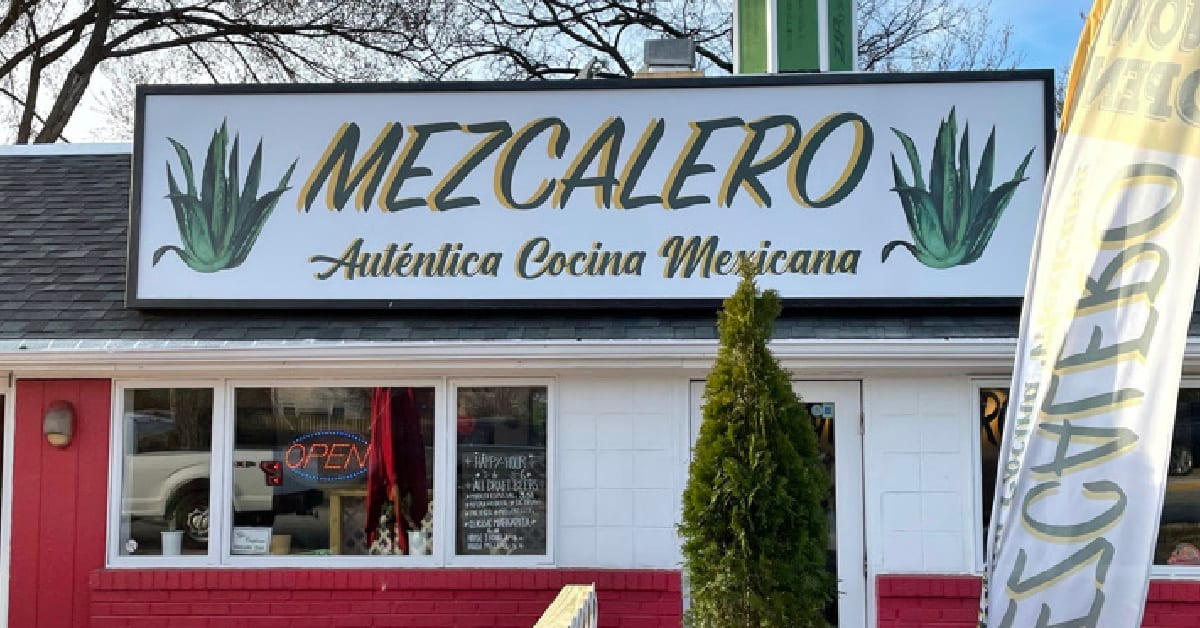Exterior pictue of Mexican restaurant, Mezcalero