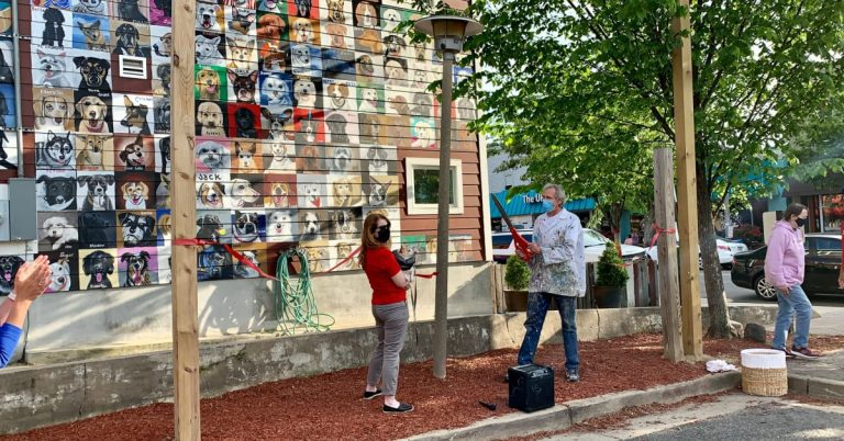 The Dogs of Del Ray Mural at Pat Miller Square Unveiled, Dedicated by AWLA