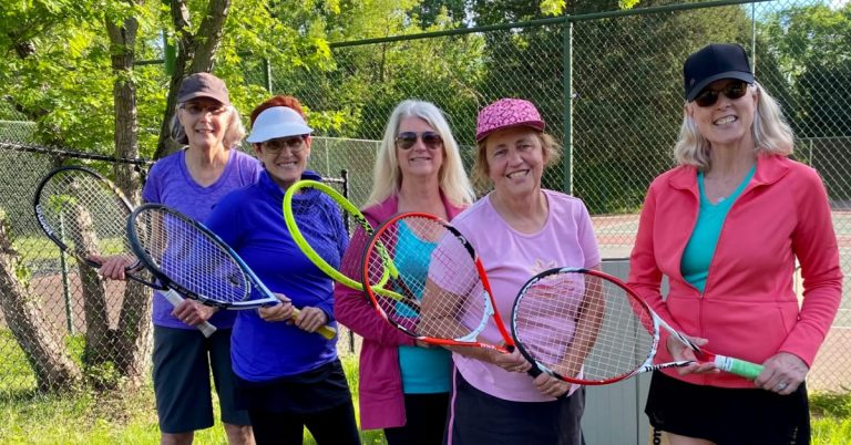 Fort Hunt Flex Tennis Gives Players the Advantage