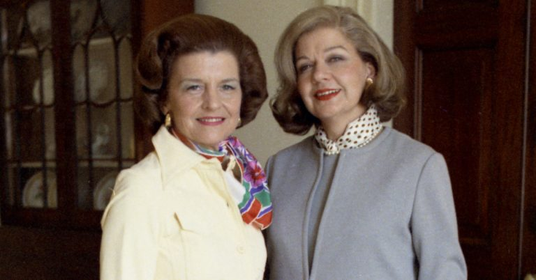 Alexandria Fashion Designer to First Ladies and Washingtonians, Frankie Welch, Passes at 97