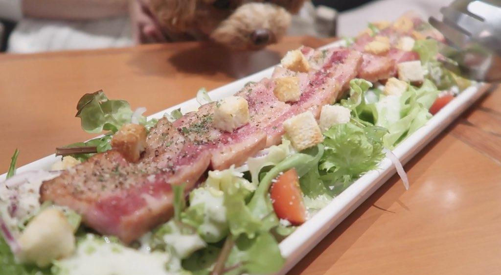グリルメガベーコンのシーザーサラダ