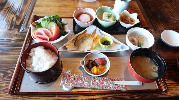 御宿小笠原の朝食