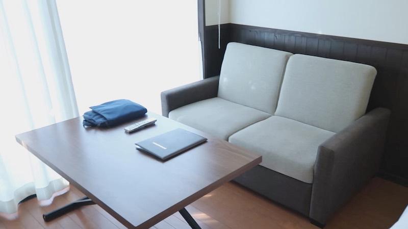 室内のソファ