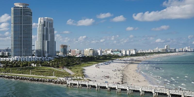 miami-panorama-spiaggia-grattacieli