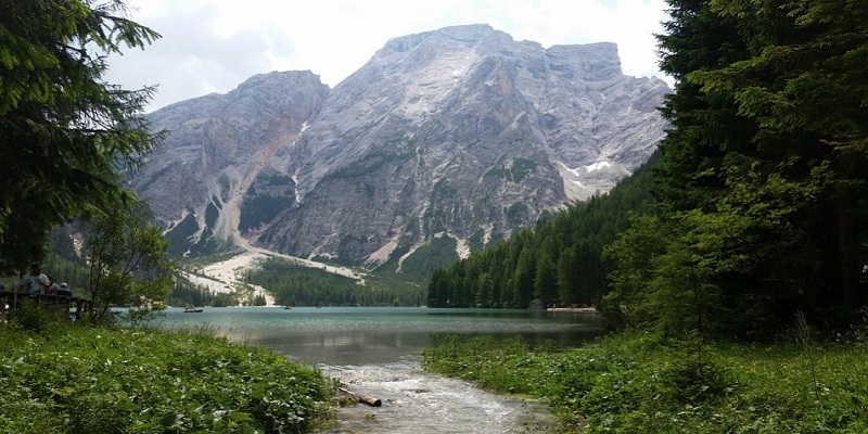 panorama-lago-di-braies