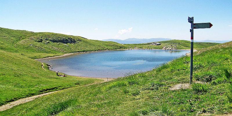 lago-scaffaiolo-panorama