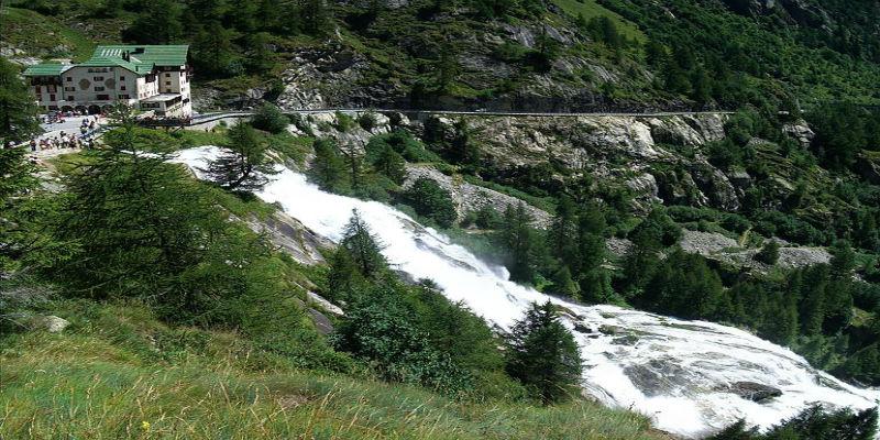 cascata-del-toce-featured