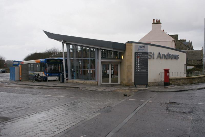 bus-station-saint-andrews