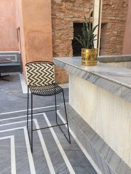 Billig barstol med ryglæn i metal