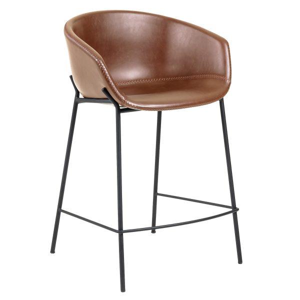 LAFORMA Zadine barstol, m. ryglæn, armlæn og fodstøtte - brun faux læder og sort stål (H:65cm)