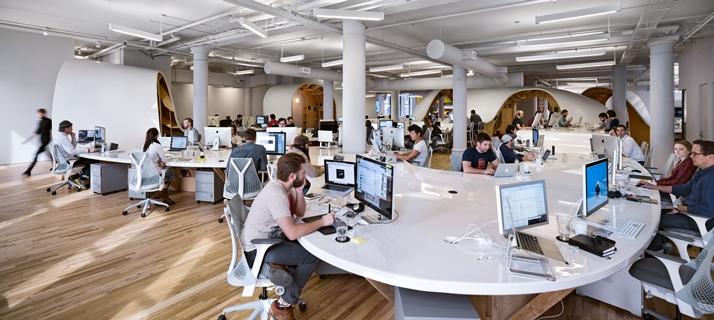 Super kontorbord af Babarian Group