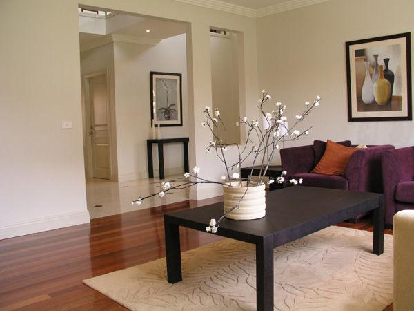 Indret små rum med stor synlighed af gulvet
