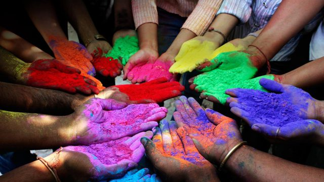 wyndham-holi-festival-of-colours-cultural-event-fu21