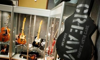 2004 Clapton subasta guitarras