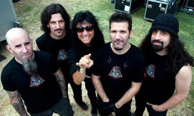 Anthrax foto tomada de billboard com