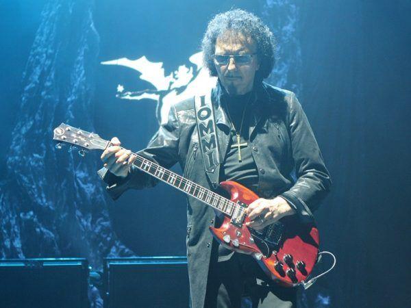 Tony Iommi 3 e1470893200397