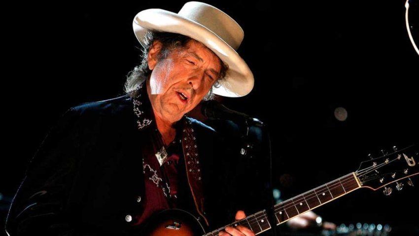 Bob Dylan 2 e1476388138878