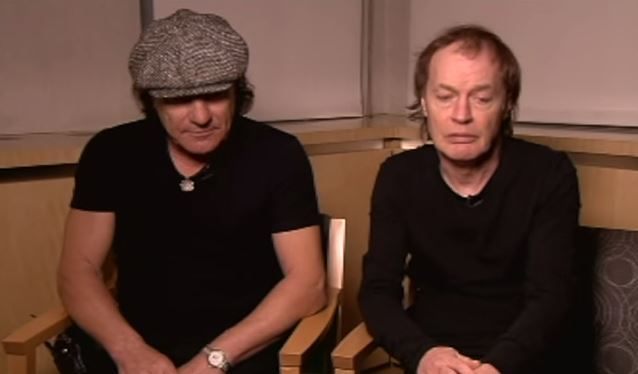 angus young y brian johnson