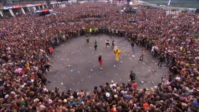Avenged Sevenfold Rock Am Ring Circle e1518206931576