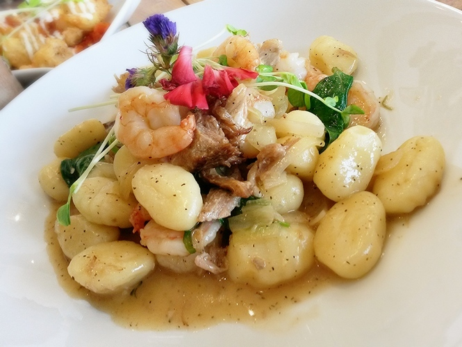 Gnocchi with pork, prawn, and spinach.