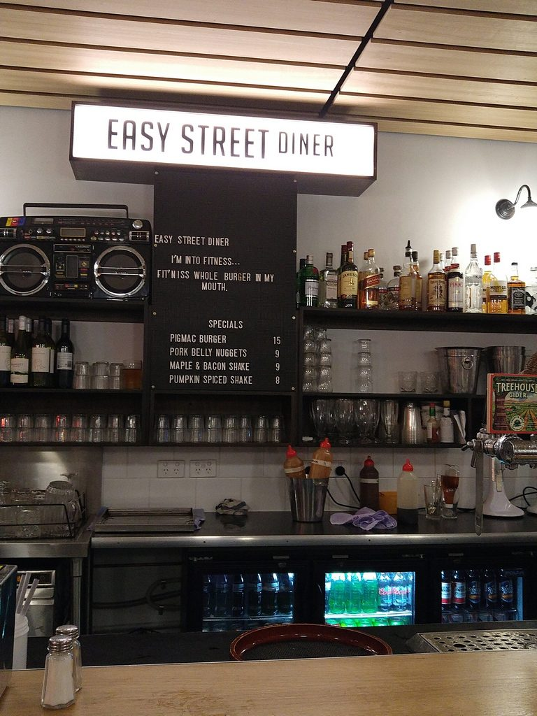 Easy street diner counter