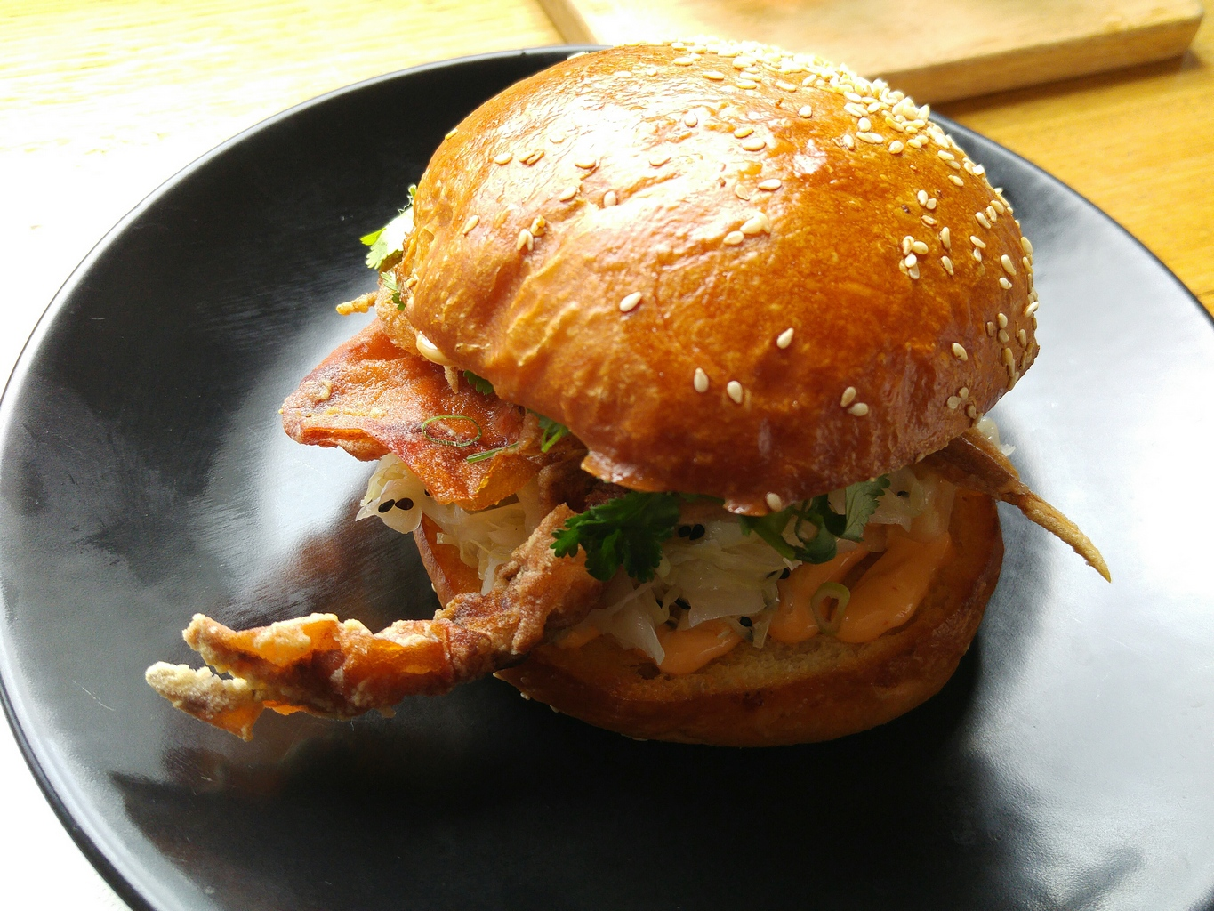 hammer and tong crab burger