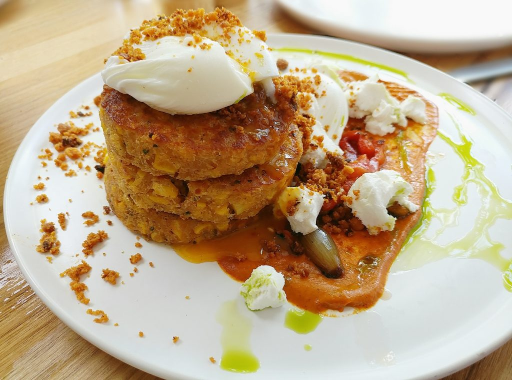 frejas cafe corn fritters
