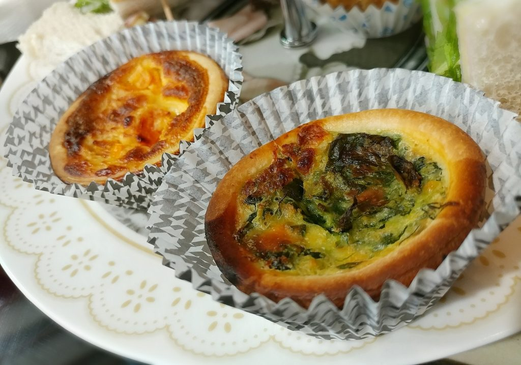 change cafe quiches