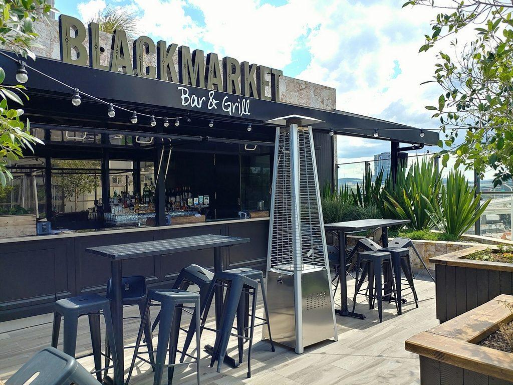 blackmarket bar and grill bar