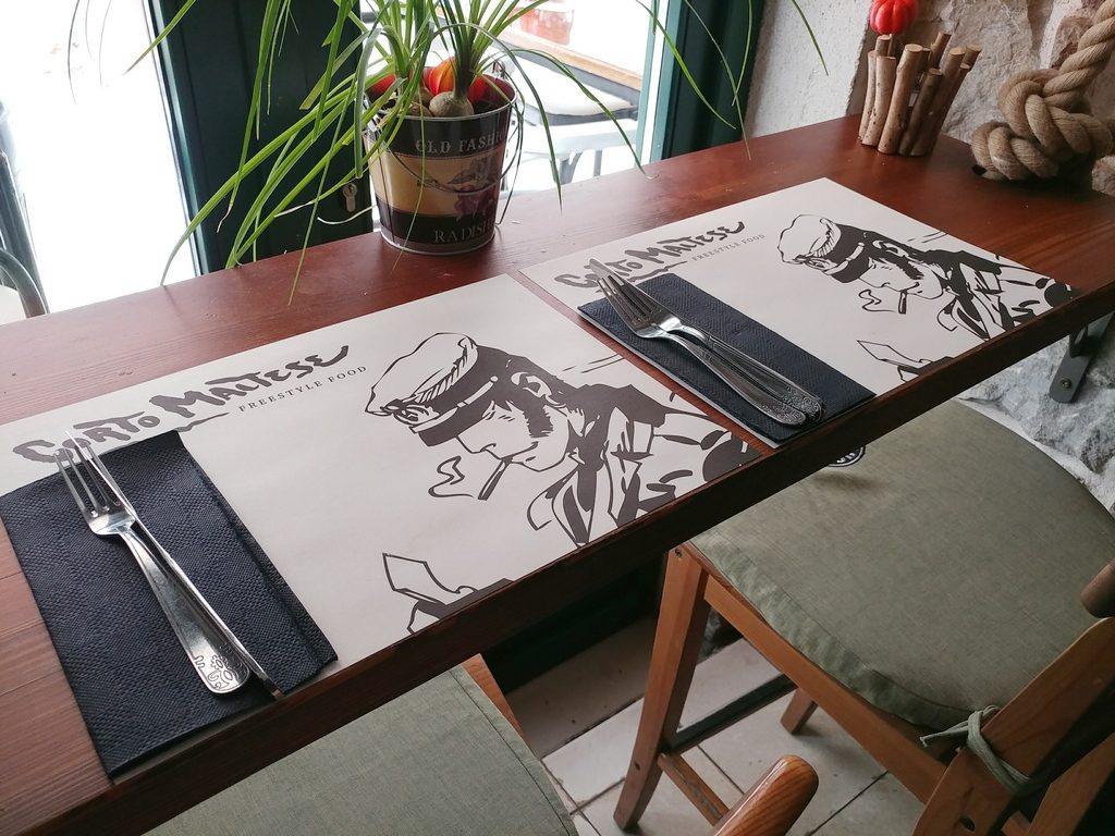 corto maltese table