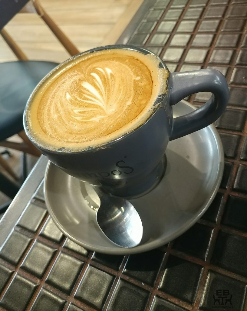 perks kitchen flat white
