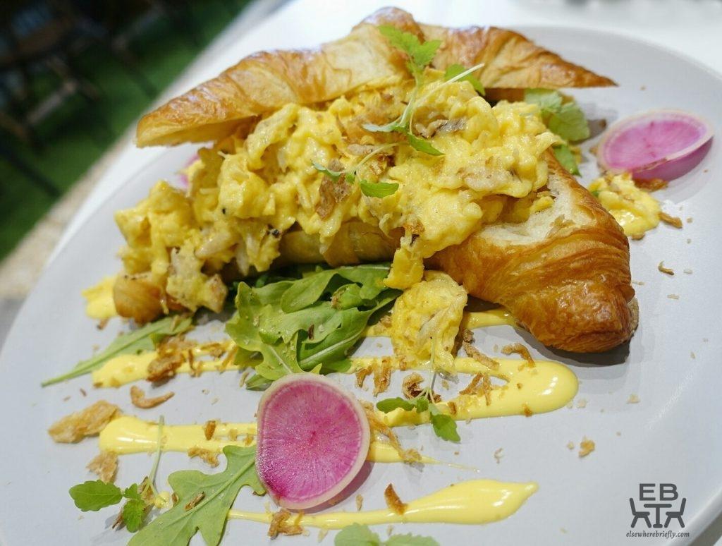 wow breakfast crab island