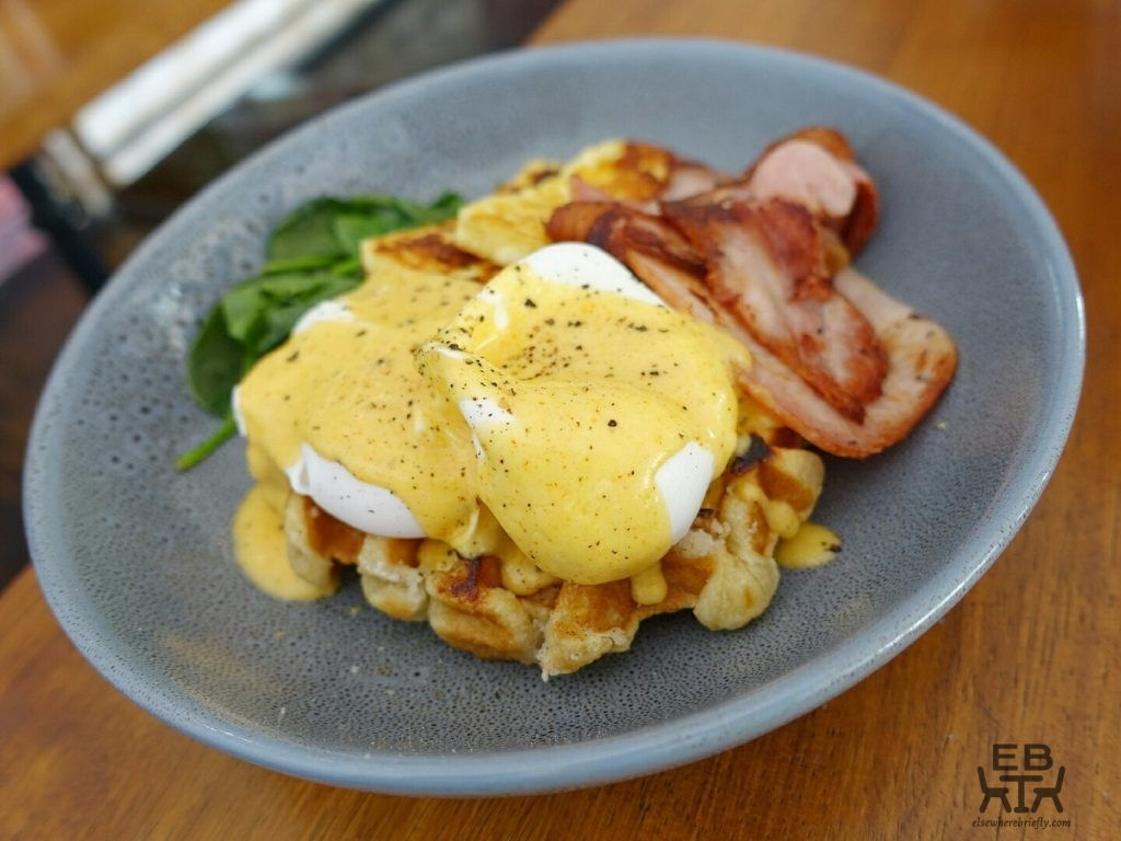 blue bear coffeehouse waffle benedict