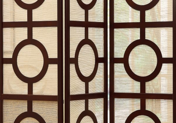 "52"" x 70.25"" Cappuccino,Circle Design, 3 Panel - Folding Screen"