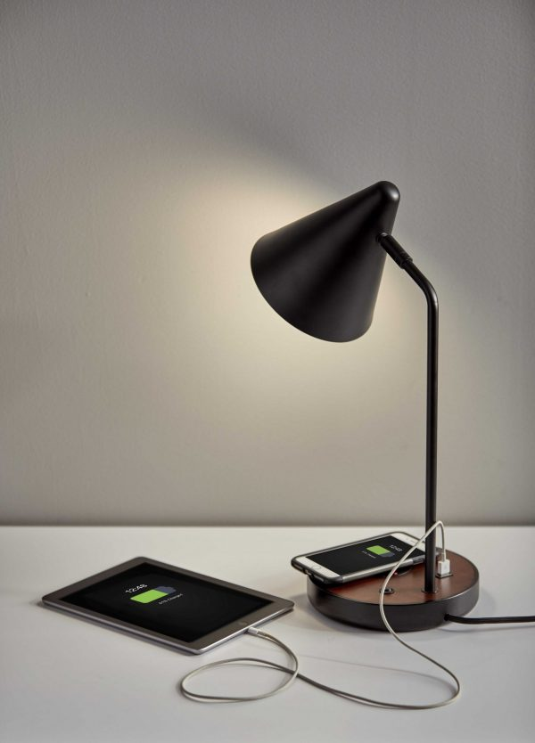 "7.5"" X 11"" X 19.5"" Black Metal Wireless Charging Desk Lamp"