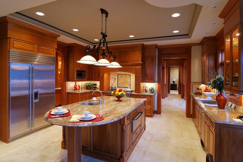 Quartz Countertops Colors that Go Best with Oak Cabinets ...