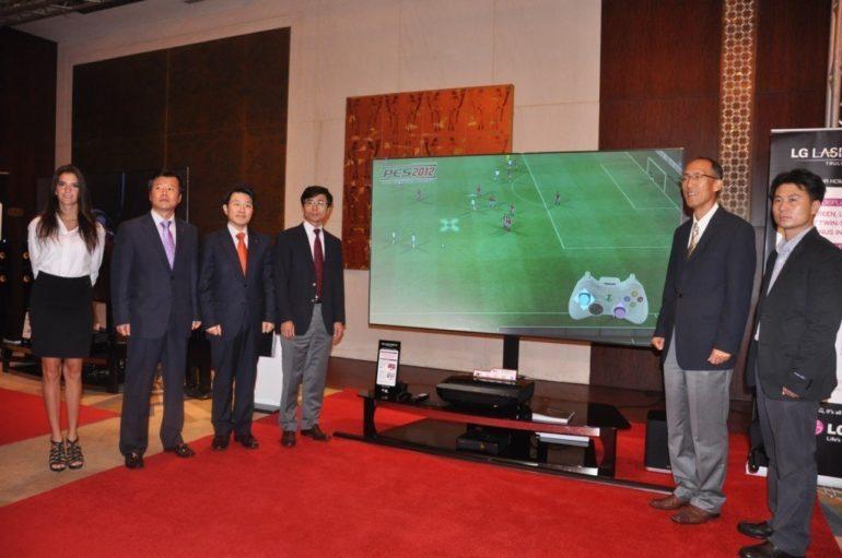 LG DEBUTS PREMIUM 100-INCH LASER DISPLAY IN DUBAI.