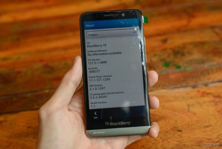 Blackberry A10 Leaked images and Pictures